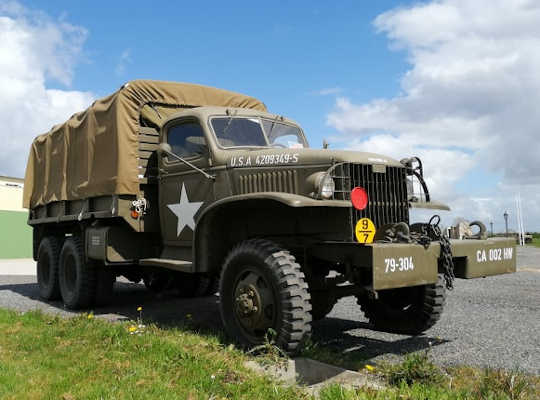 Old military vehicle (GMC)