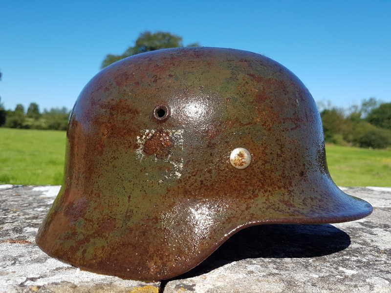 Refurbishment of the German helmet