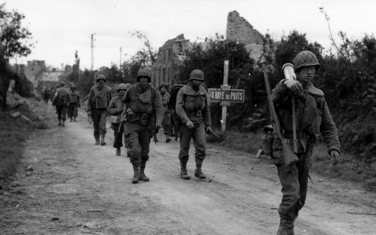 Battle of the Hedges: La Haye du Puits, July 1944 - Photo US National Archives