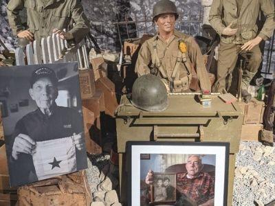 Women in War photo Harold Lambert