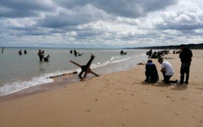 A Omaha Beach, Florent Plana rend hommage aux Bedford Boys. Les coulisses d'un tournage